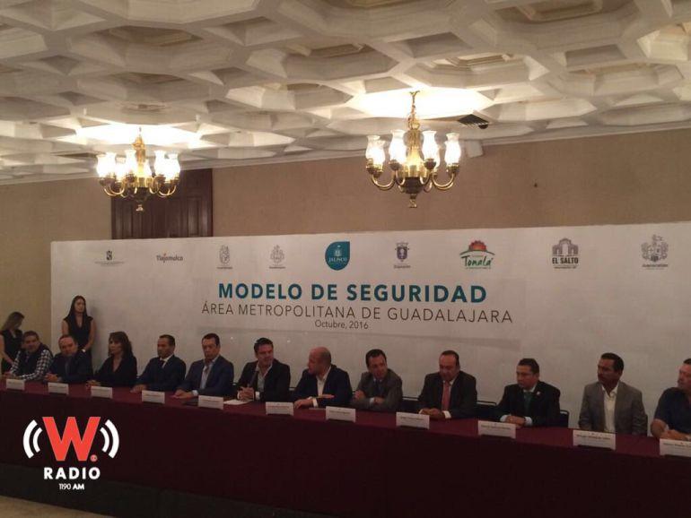 El acuerdo es que este mes firmen los convenios en cabildos e inicie funciones en enero
