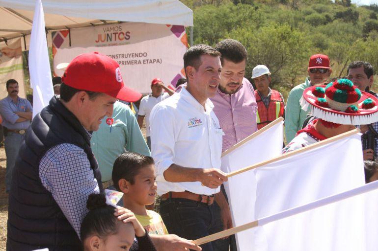 El secretario de Desarrollo e Integración Social Miguel Castro Reynoso, informó que ya gestionan la construcción de un camino de terracería