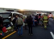 Accidente en carretera Guadalajara-Zapotlanejo deja 21 heridos