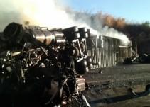 Sofocan incendio en un tráiler en Zapotlán del Rey