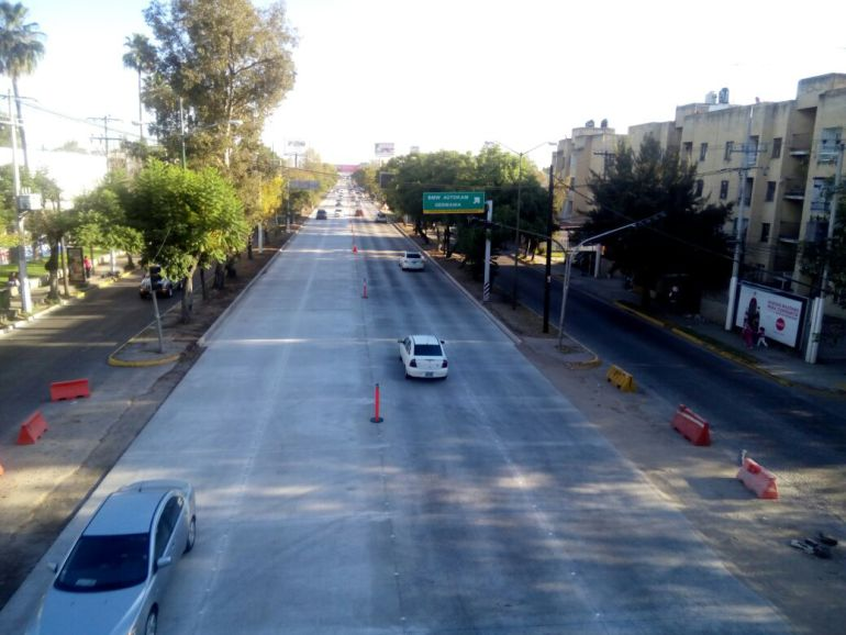 Reabren a la circulación carriles centrales de López Mateos