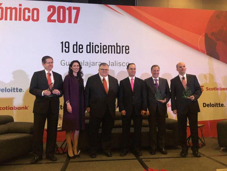 Confían que Reforma Energética resuelva problemas económicos en 2017