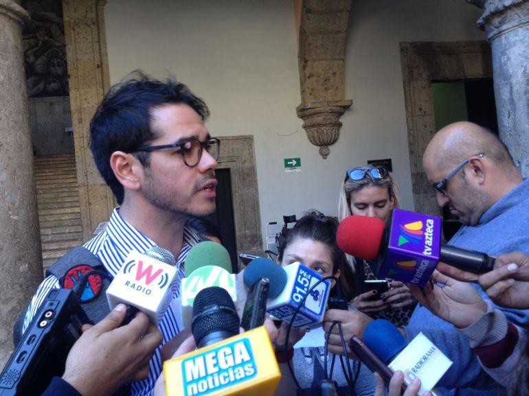 El diputado pide al Gobierno asumir su responsabilidad como rectores y no aprobar el aumento