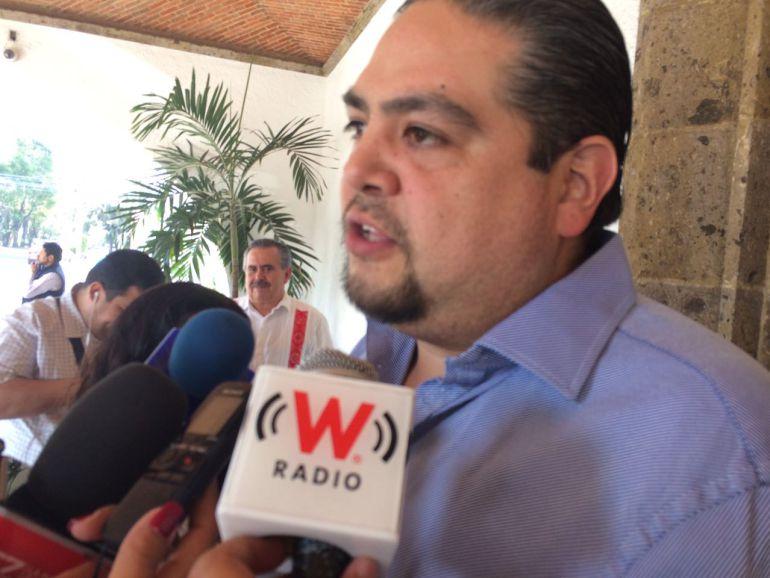 Secretario de Salud, Antonio Cruces Mada