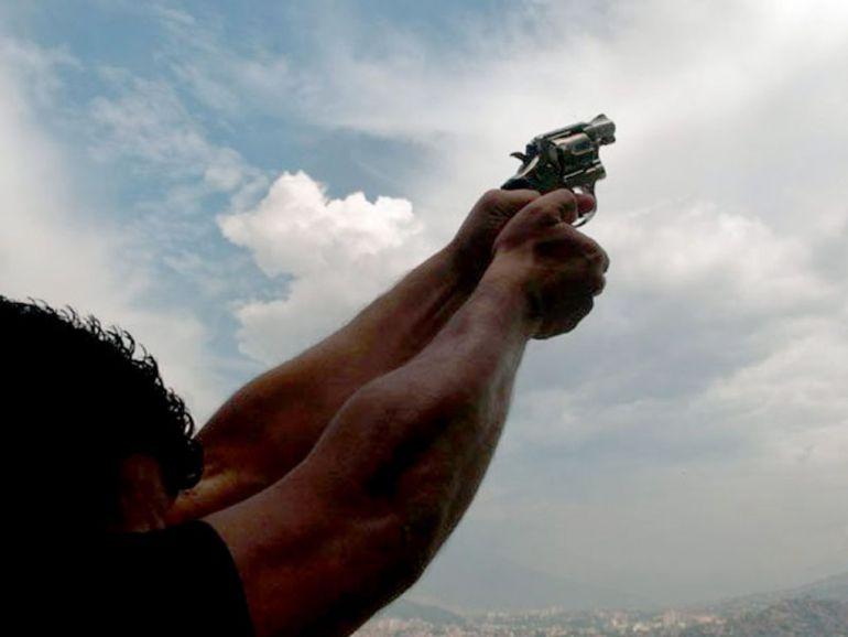 Piden no tirar disparos al aire