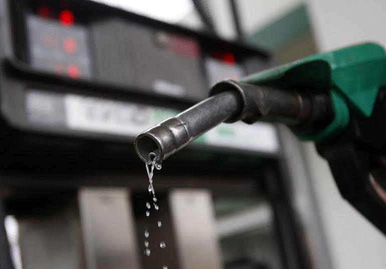El aumento a la gasolina les resultó a los tapatíos un desembolso de 200 pesos más
