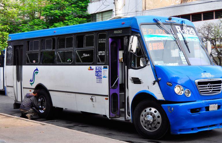 Analizan subsidiar al trasporte público para evitar aumento al pasaje
