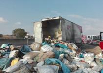 Se accidenta camión de Correos de México