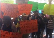 Se manifiestan comerciantes de San Isidro: exigen los dejen trabajar