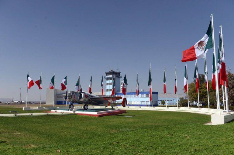 Inauguran en Jalisco la Quinta Base Aérea Militar