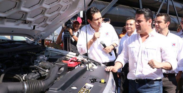 Gobierno de Jalisco y UdeG anuncian compra de vehículos híbridos