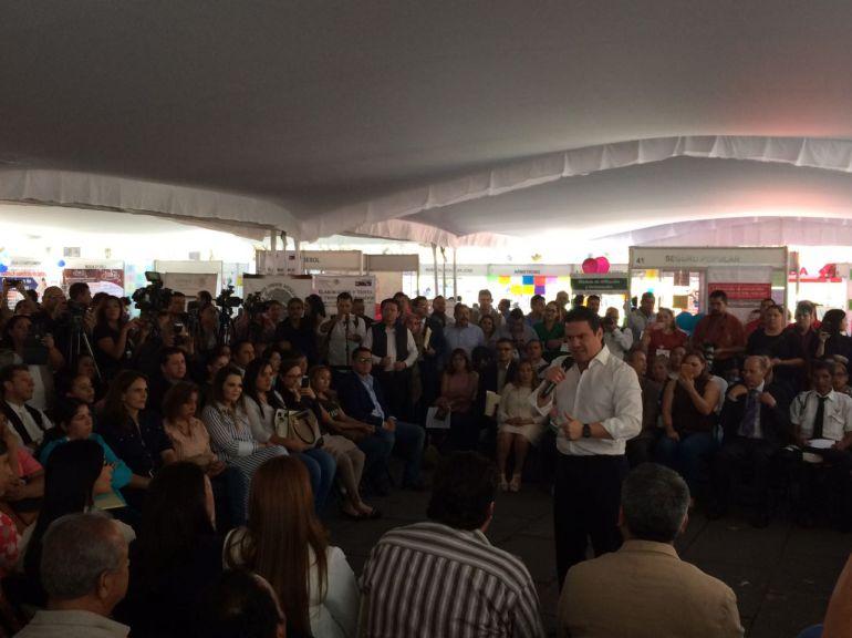 Realizan quinta Feria de Empleo Mujer Emprende