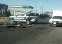 Fallece motociclista al chocar contra un automóvil
