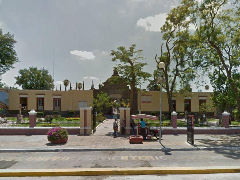 Graban video porno en panteón de Guadalajara; Ayuntamiento procederá penalmente