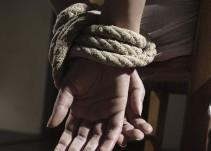 Fiscalía detiene a dos secuestradores