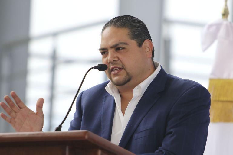 Antonio Cruces Mada secretario de Salud