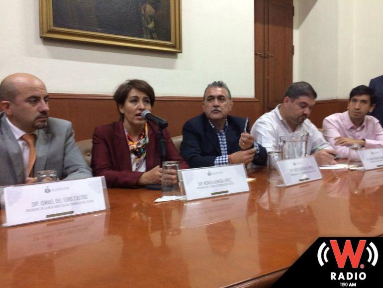 Convocan a diputados y gobernador a dialogar sobre Reforma Electoral
