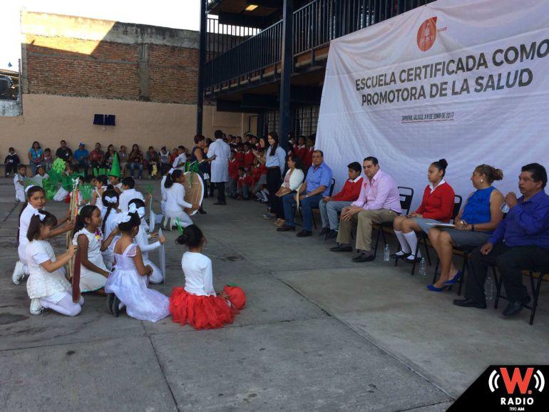 Certifican la escuela 650 de Santa Ana Tepatitlán como promotora de la salud