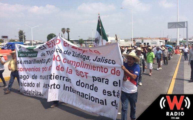 Los ejidatarios sólo ocuparon dos carriles de la carretera a Chapala