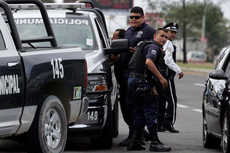Policías de Guadalajara frustran violento asalto en una farmacia