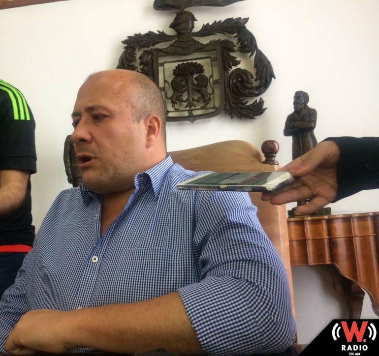 Alfaro se opone al contrato de Fotoinfracciones