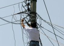 Investigan a 276 viviendas por robo de electricidad