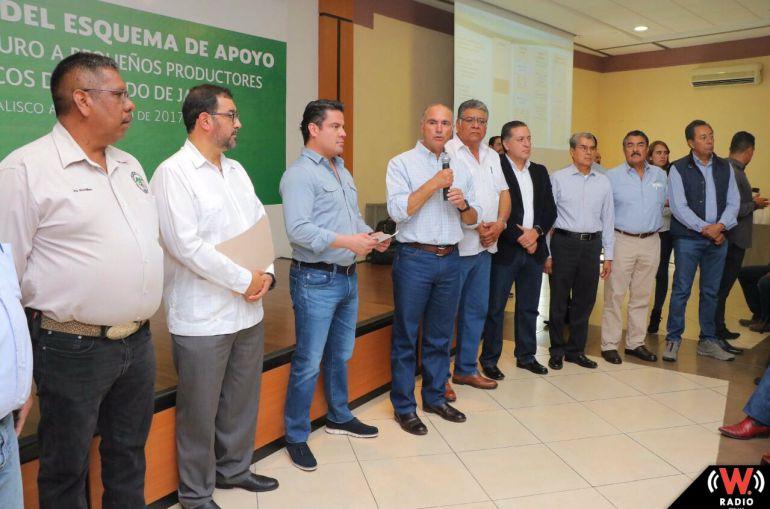 Gobernador y secretario federal de SAGARPA inauguran taller para promover apoyo a agricultores
