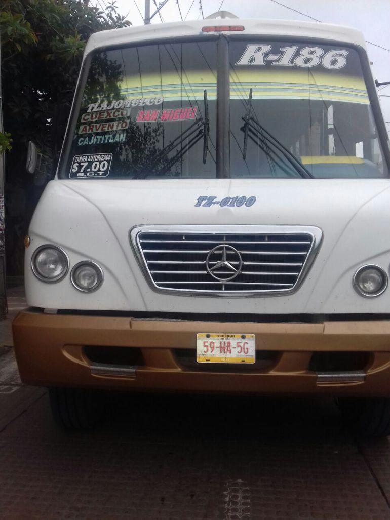 Camiones de rutas de Tlajomulco continúan en el corralón