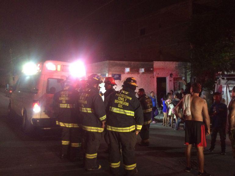 Incendios en casa habitación deja a 11 personas lesionadas