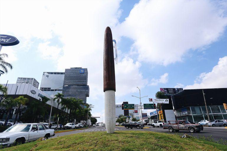 ¿Cohete o escultura? ¿Qué opinan de la escultura que recién inauguró el Gobierno de Guadalajara?