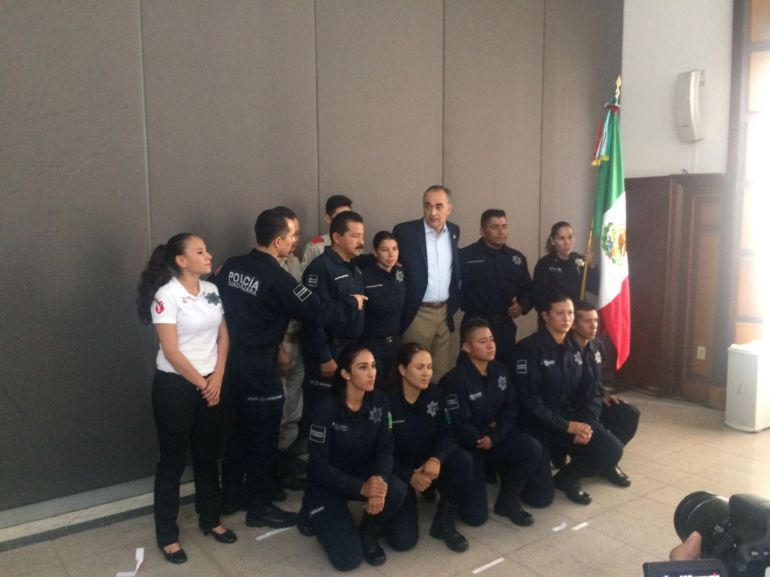 Abanderan delegación de Policías y Bomberos tapatíos que viajaran a los Juegos Mundiales