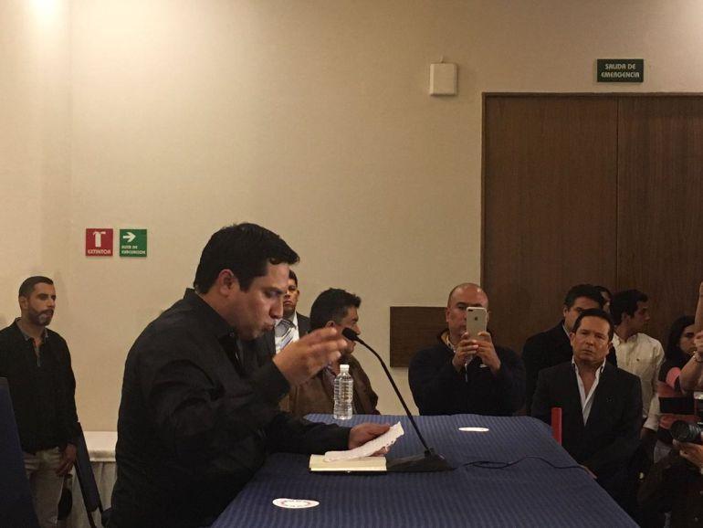 """""""Sí conozco a Raúl Flores"""": Julión"""