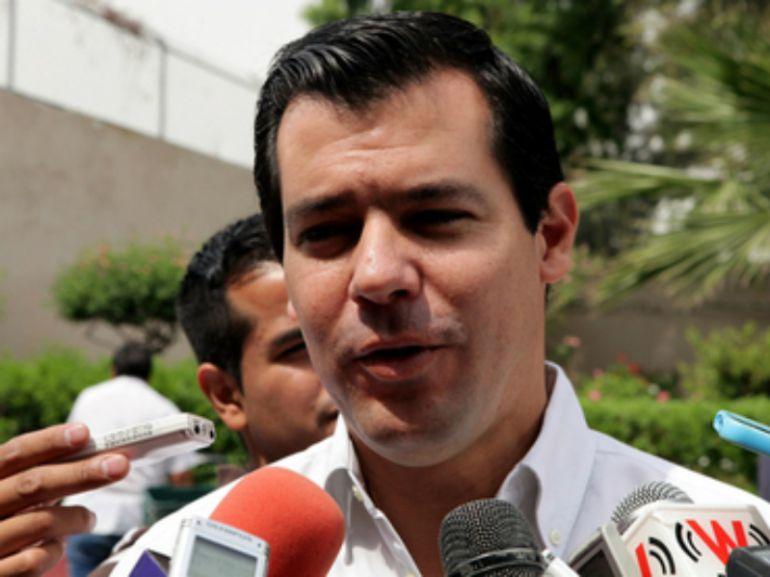 Nuevas luminarias en Guadalajara presentan daños