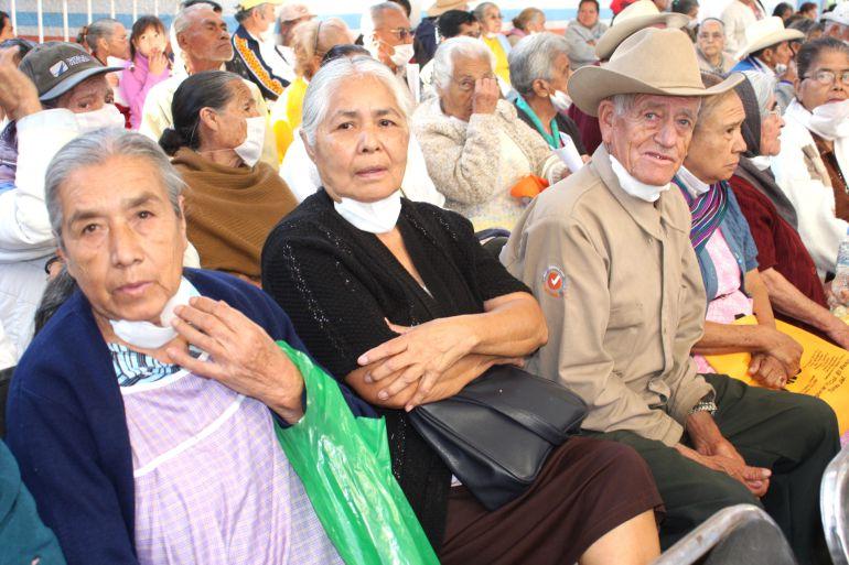 """Más de 319 mil adultos mayores en """"más 65"""" de Sedesol"""