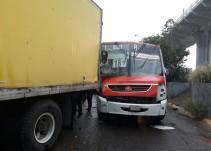 Accidente de un camión urbano dejó 12 lesionados