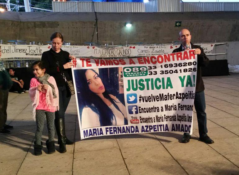 Forenses inspeccionan en fraccionamiento Los Gavilanes como parte de la búsqueda de María Fernanda