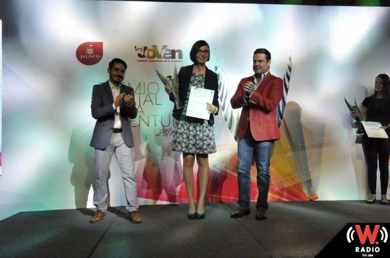 Entregan Premio Estatal de la Juventud a siete jaliscienses