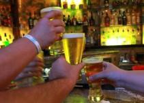 Proponen modificar horarios de venta de alcohol en bares y cantinas
