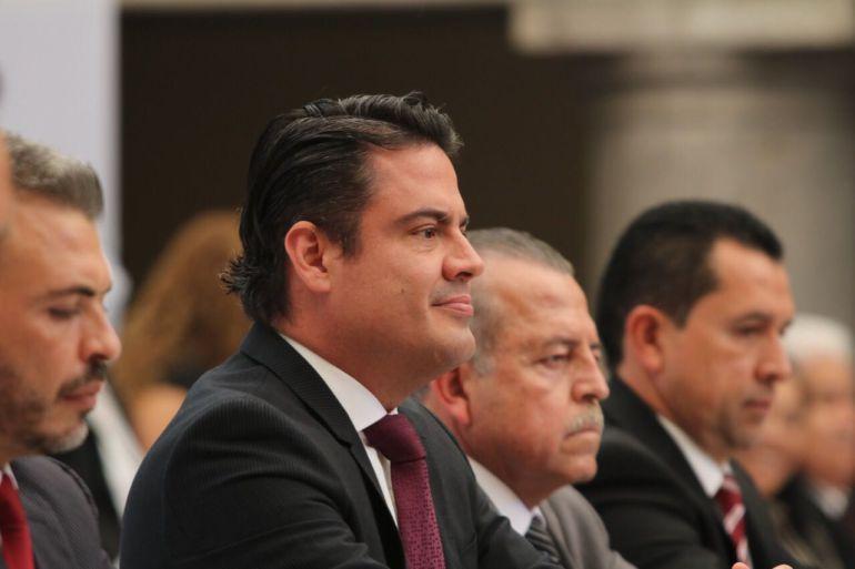 Aristóteles Sandoval invita a alcaldes a trabajar en el NSJP