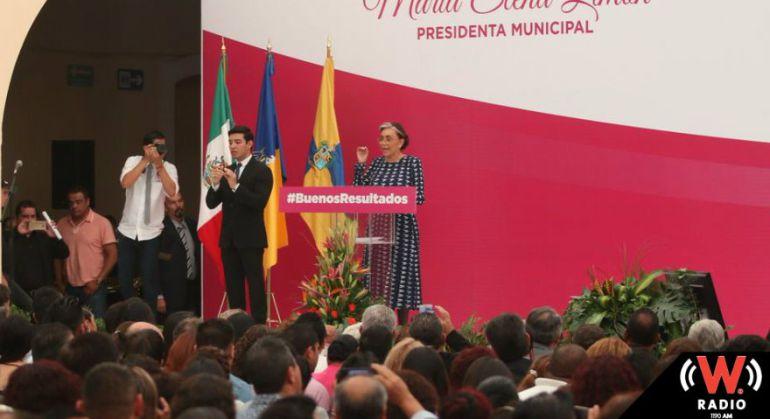 Alcaldesa de Tlaquepaque señala misoginia en su contra en su informe