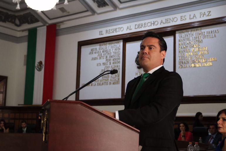 Celebra el gobernador la instalación de ambulantes durante el Grito de Independencia