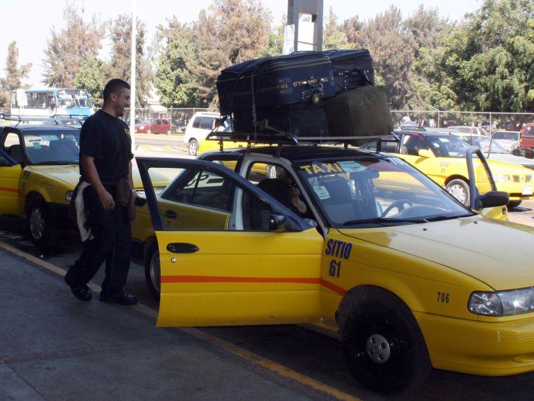 2 mil taxis amarillos en servicio no tienen papeles