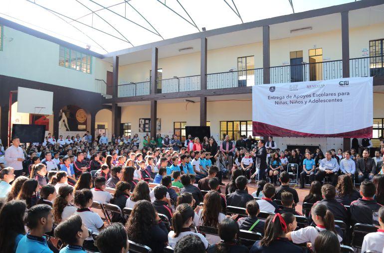 El 25% de las secundarias de Jalisco no cuentan con internet