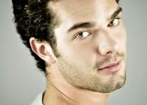 Carlos Athié un actor multifacético