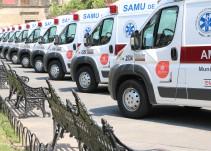 Gobernador de Jalisco entrega 20 ambulancias