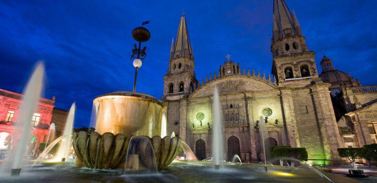 Reservaciones en hoteleras Vallarta, GDL y Pueblos mágicos casi a tope