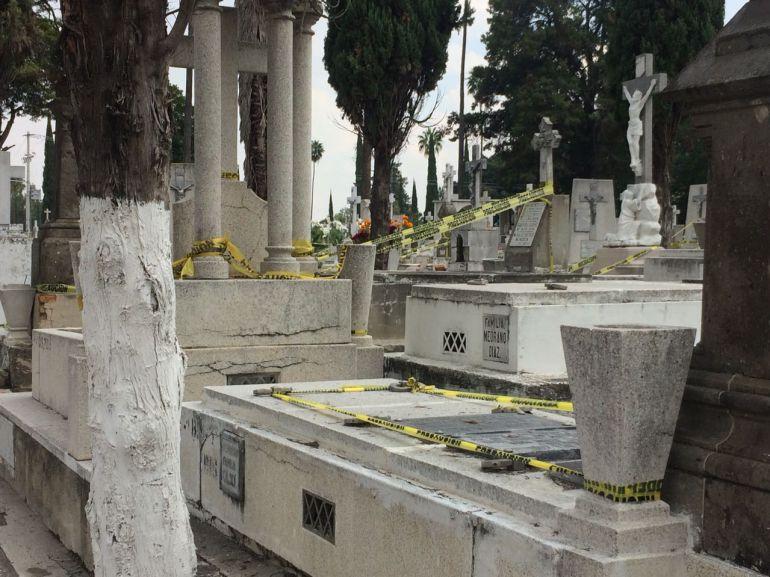 Registran poca asistencia a panteones de Guadalajara