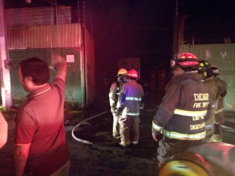 Se registra incendio en almacén al sur de la ciudad