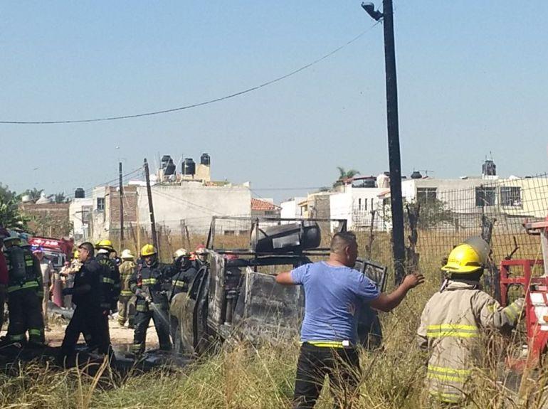 Vecinos de colonia Santa Rosa evacuaron tras explosiones de Tonalá