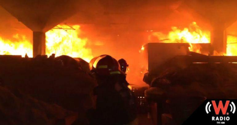 Incendio en casa habitación deja dos muerto y tres lesionados
